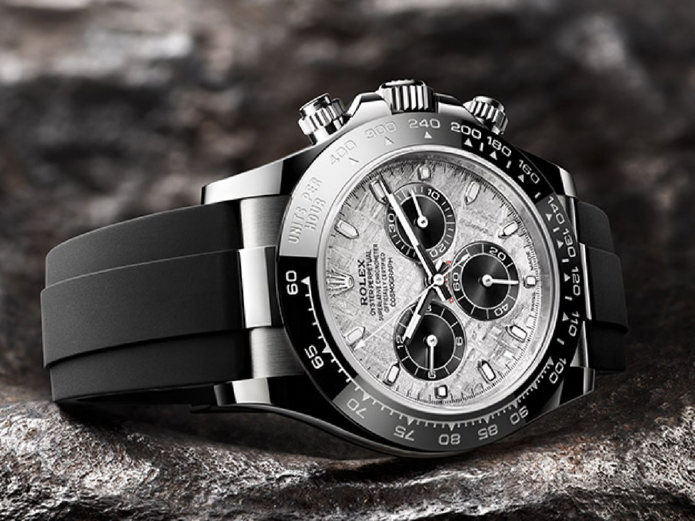 Oyster Perpetual Cosmograph Daytona(蠔式恒動宇宙計型迪通拿)推出配備金屬隕石錶面的新款腕錶。-香港財經時報-HKBT