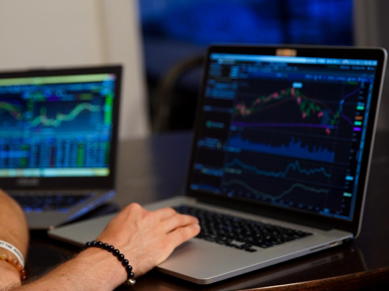 股票投資策略-機會模式-策略模式-買股票原因-龔成-香港財經時報HKBT