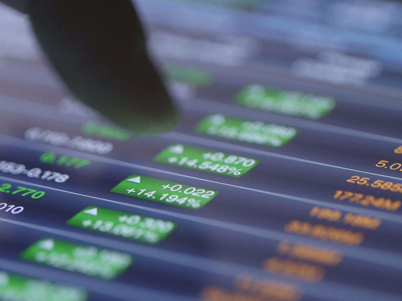 股票投資-連登契媽變燈神-反向ETF與女股神對賭-Cathie Wood最新股票策略