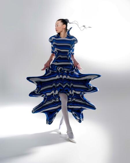 2021理大時裝展疫下新常態 融會線上實體表演為本地時裝界注入時尚新勢力